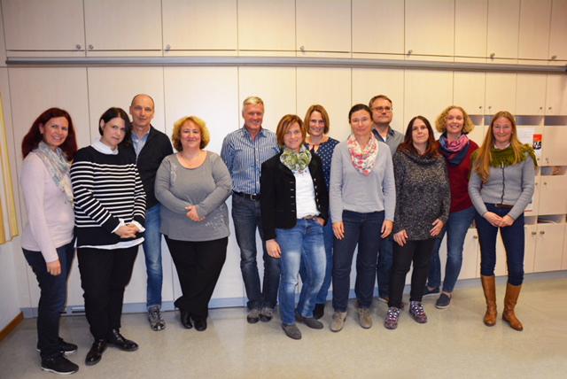 Die Mitgliedern des Elternbeirates 2018/19 an der Mangfallschule Kolbermoor im Gruppenbild