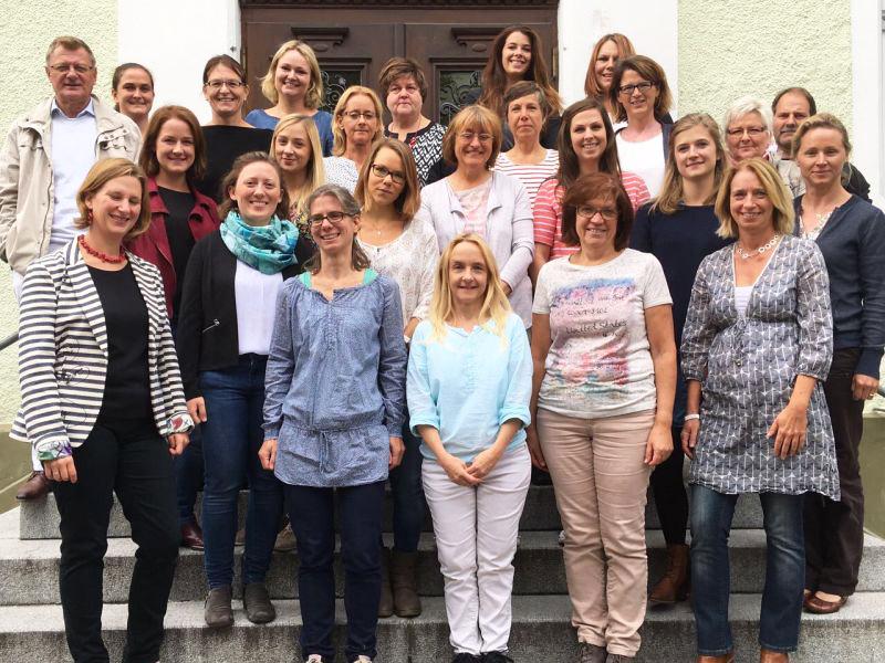 Gruppenbild Lehrerschaft an der Mangfallschule Kolbermoor