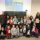 """Schulklasse der Mangfallschule mit gespendeter Lektüre """"Suche nach Nina"""""""